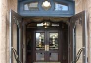 日本最古のエレベーターがある『東華菜館』 ~設計は「天皇を守ったアメリカ人」W・ヴォーリズ~