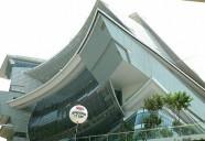 """これはいったい何……?シンガポール郊外で見つけた""""変わった建物""""の正体"""